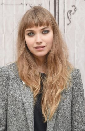 imogen-poots-at-frank-lola-build-series-in-new-york-city_1