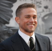 hunnam-pictures.jpg