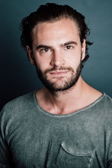 Tom-Bateman-website
